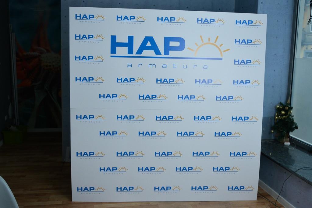 Fotościanka reklamowa na event z logo firmy